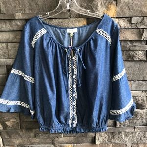 NWT Umgee Chambray Crochet Detail Top, Size Small